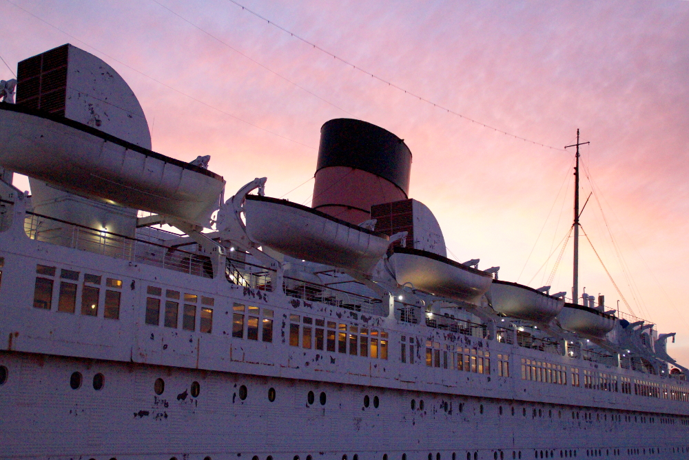 Queen_Mary_Los_Angeles
