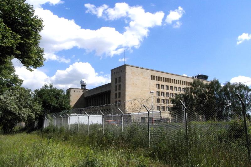 Berlin Tempelhof Tempelhoferfeld