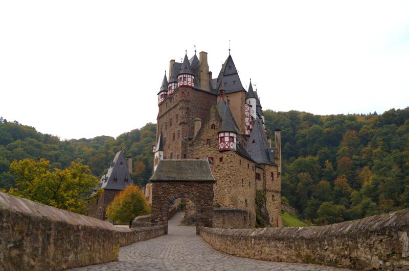 Burg Eltz Eingang