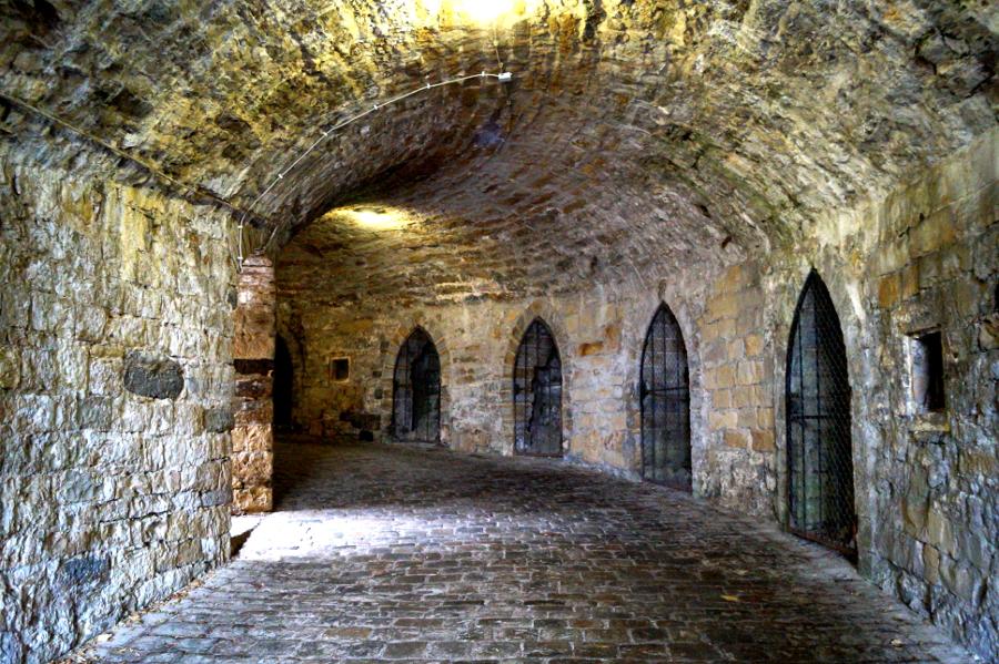 Die Burg Hohenzollern Und Die Legende Der Weissen Frau Die Gradwanderung
