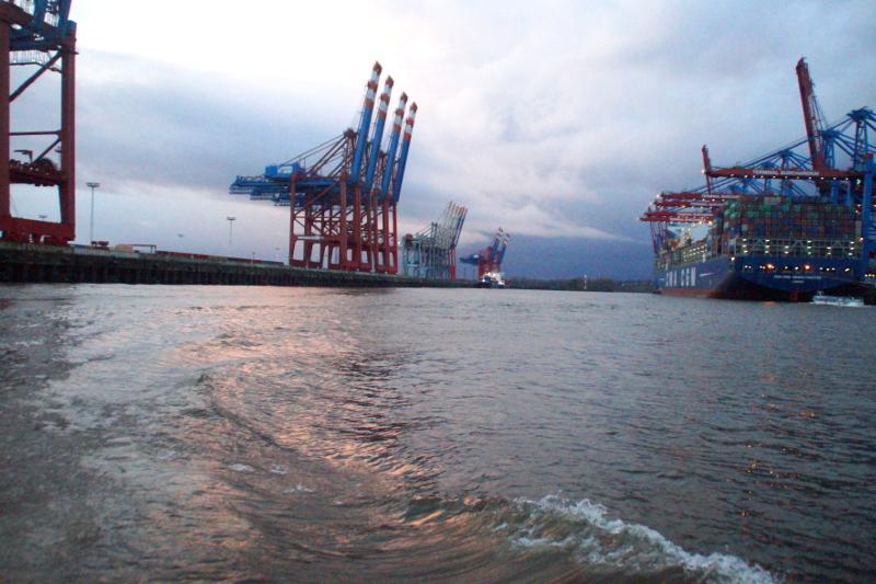 Hamburg Winter Hafen Rundfahrt
