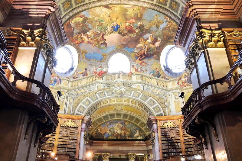 Österreichische Nationalbibliothek Prunksaal Bücher
